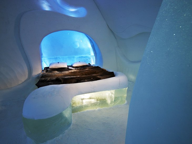 icehotel-10.jpg.730x547_q85_box-0,0,1600,1200_crop_detail