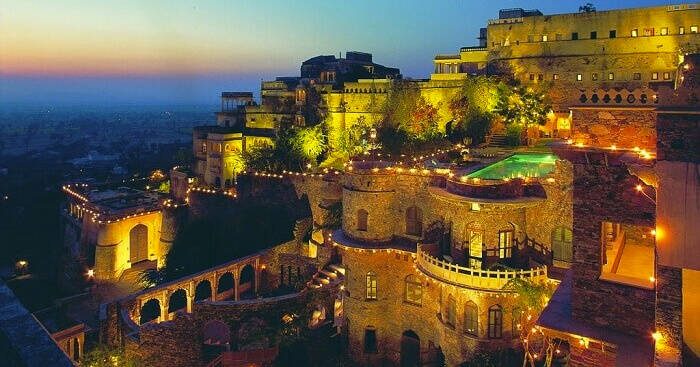 فندق Neemrana Fort Palace